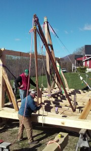 hand raising tie beam timber frame VMI 2016