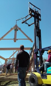 Timber frame raising king post truss
